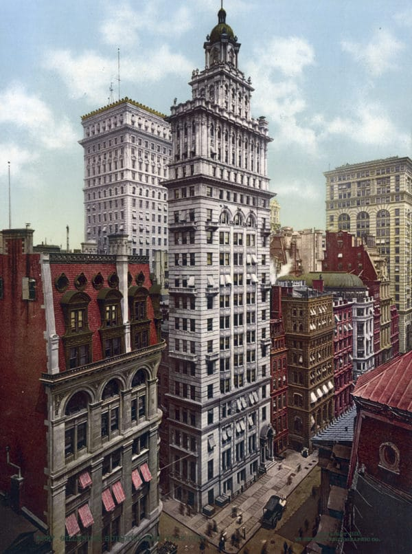 Structures - Buildings - Commercial buildings - Office buildings; Structures - Buildings - Skyscrapers; Streets; Walkways - Sidewalks