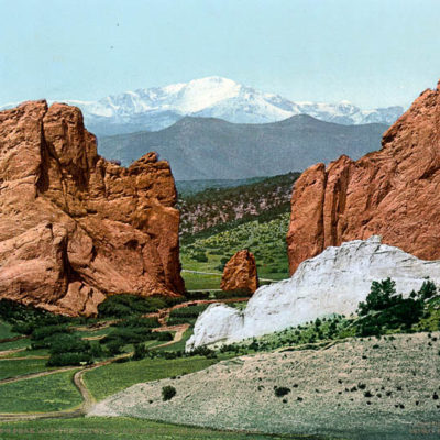 Pike's Peak and the Gateway, Garden of the Gods, Colorado #53111